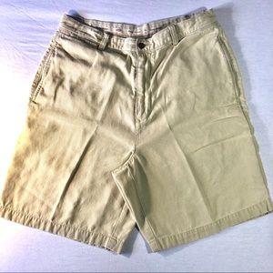 Men's Tommy Bahama khaki Shorts size 35